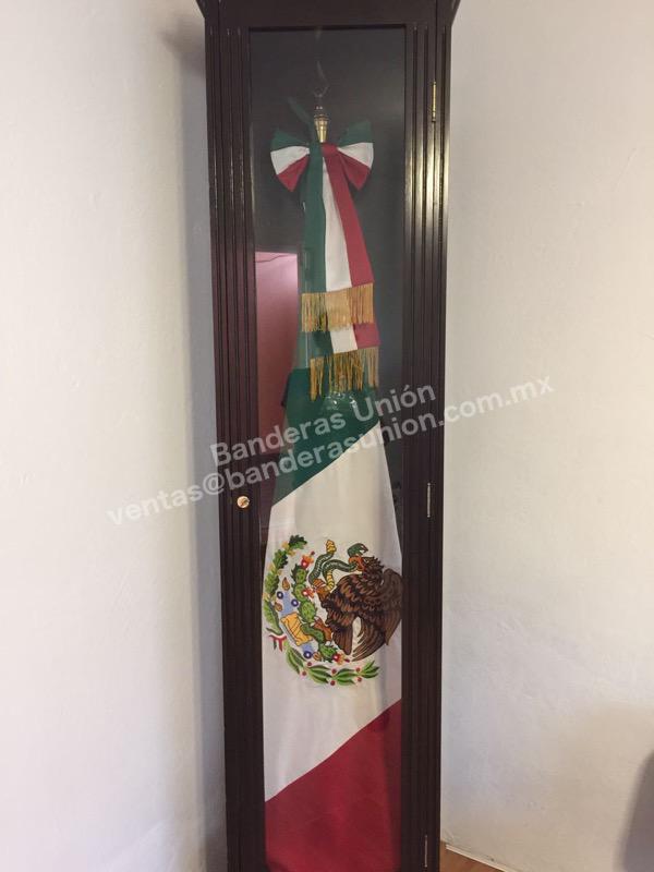 Accesorios para banderas fabrica y venta de banderas casa de banderas union 11 casa de - Accesorios para baneras ...